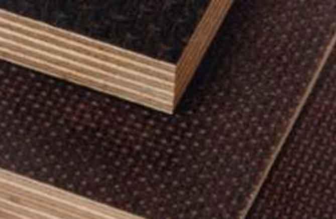 tablero-de-madera-contrachapado-de-abedul-antideslizante-carrocero